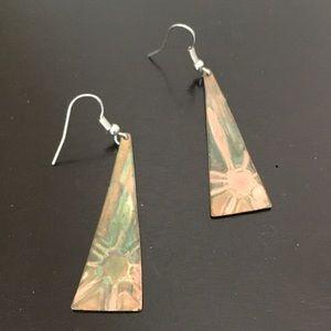 Jewelry - Copper tone dangling earrings